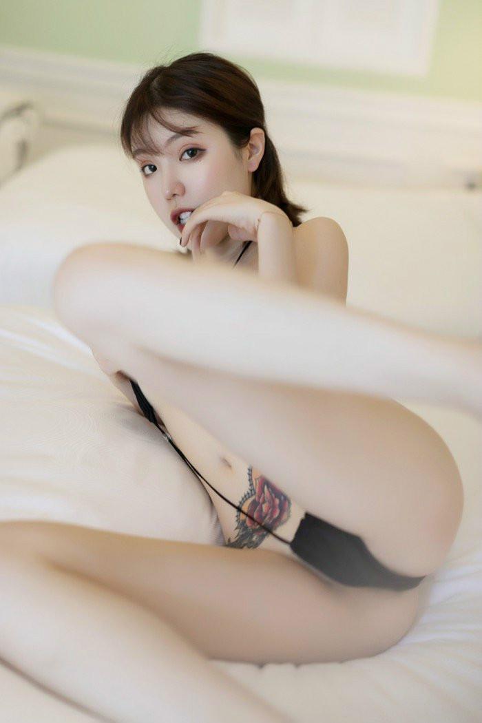 YouMi(尤蜜荟)饥渴美妇黄楽然人体写真超级劲爆 肥美身躯令人垂涎