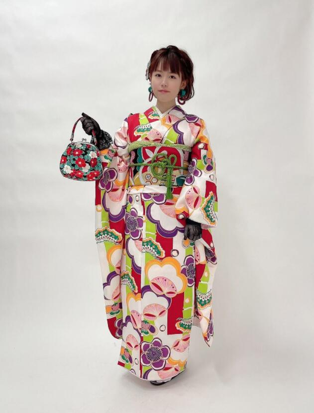 水卜樱(水卜さくら,Miura-Sakura)MIDE-950:美少女收银员被店长下药为爱鼓掌!