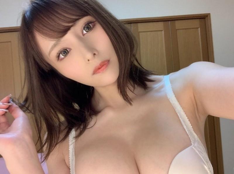 伊藤舞雪(Ito-Mayuki)CAWD-266:巨车灯美妻重逢曾经X伴侣放荡到爆!