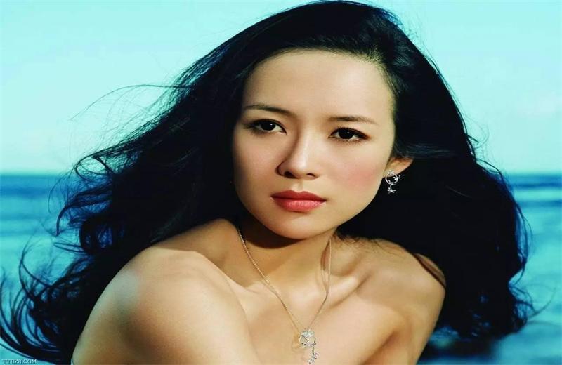 章子怡电影宣传,继女小苹果公开表白,汪峰大方示爱